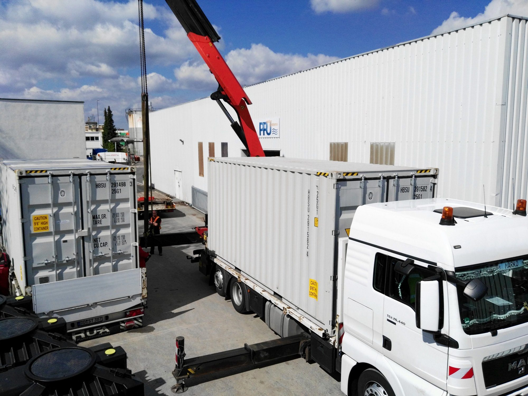 wwt in container